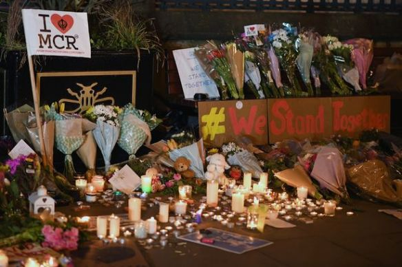 Manchester-Comes-Together-to-Remember-Victims-Of-Terror-Attack